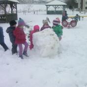 Dječji vrtić : Igre na snijegu