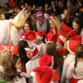 Blagdan Svetog Nikole : darovi razveselili brojne mališane